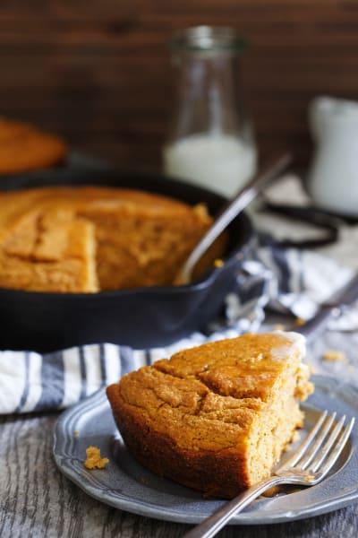 Vanilla Pumpkin Skillet Cornbread Picture
