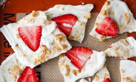 Strawberry Lime Yogurt Bark Picture