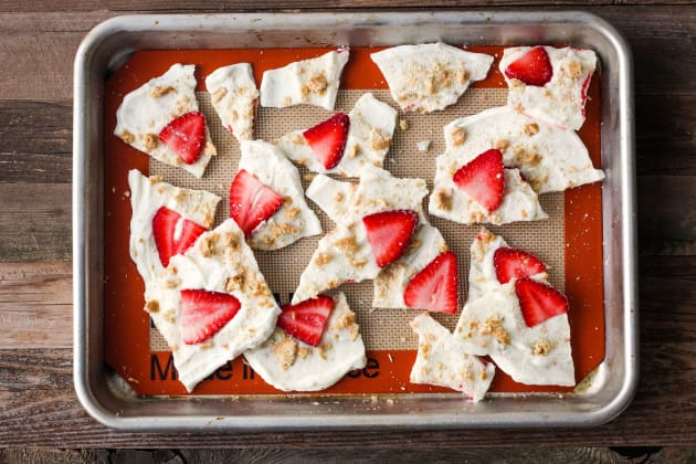 Strawberry Lime Yogurt Bark Photo