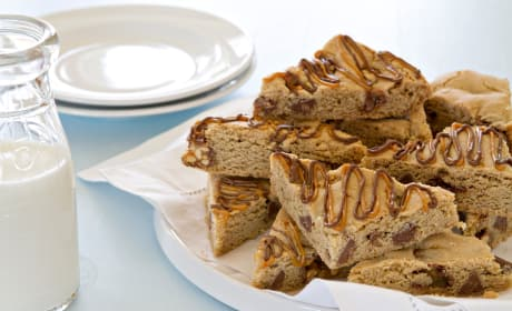 Snickers Chocolate Chip Cookie Bars Recipe