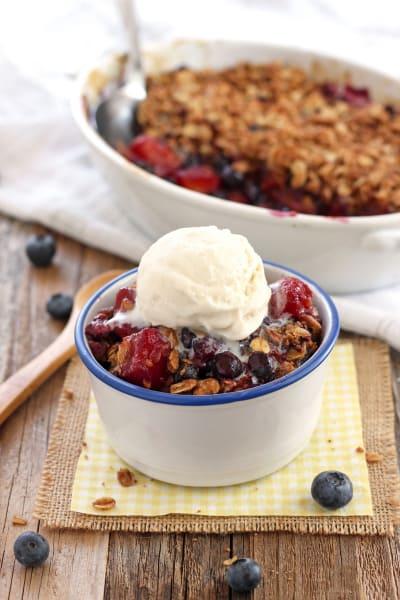 Blueberry Mango Crisp Pic