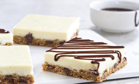 Oatmeal Chocolate Chip Cheesecake Bars