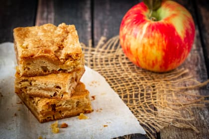 Caramel Apple Blondies Recipe