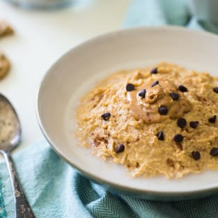 Vegan peanut butter chocolate chip cookie dough breakfast bowl p