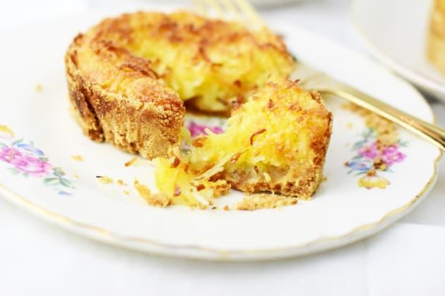 Toasted Coconut Cream Tarts Pic