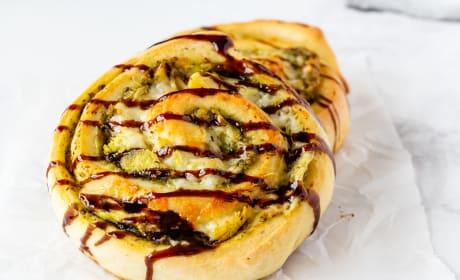 Pesto Chicken Pizza Rolls Image