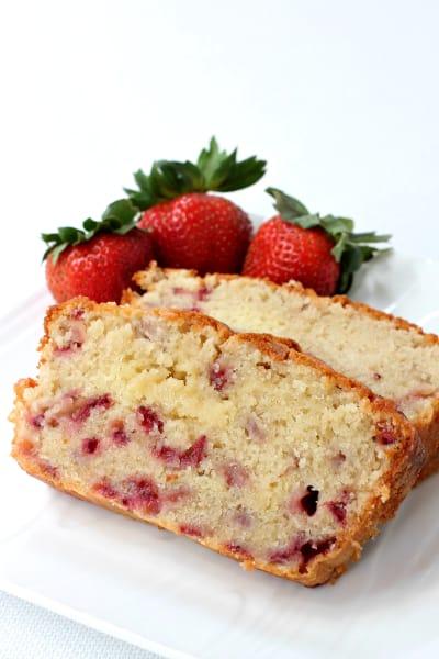 Strawberry Rum Pound Cake Pic