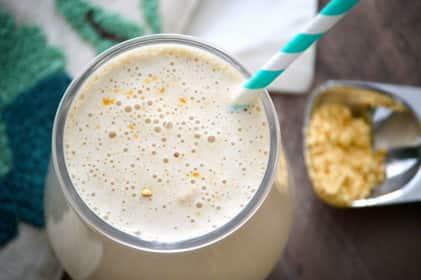 Oatmeal Banana Peanut Butter Smoothie
