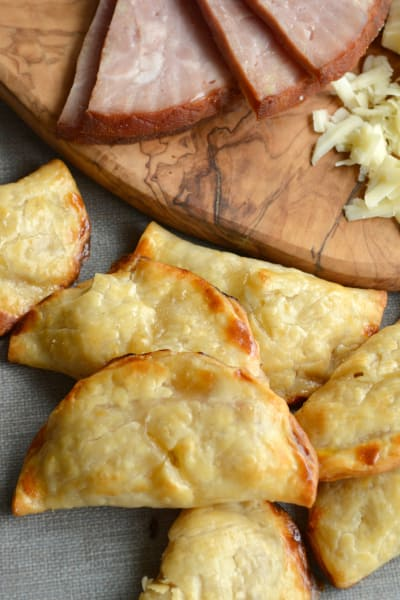 Easy Ham & Cheese Handpies Pic