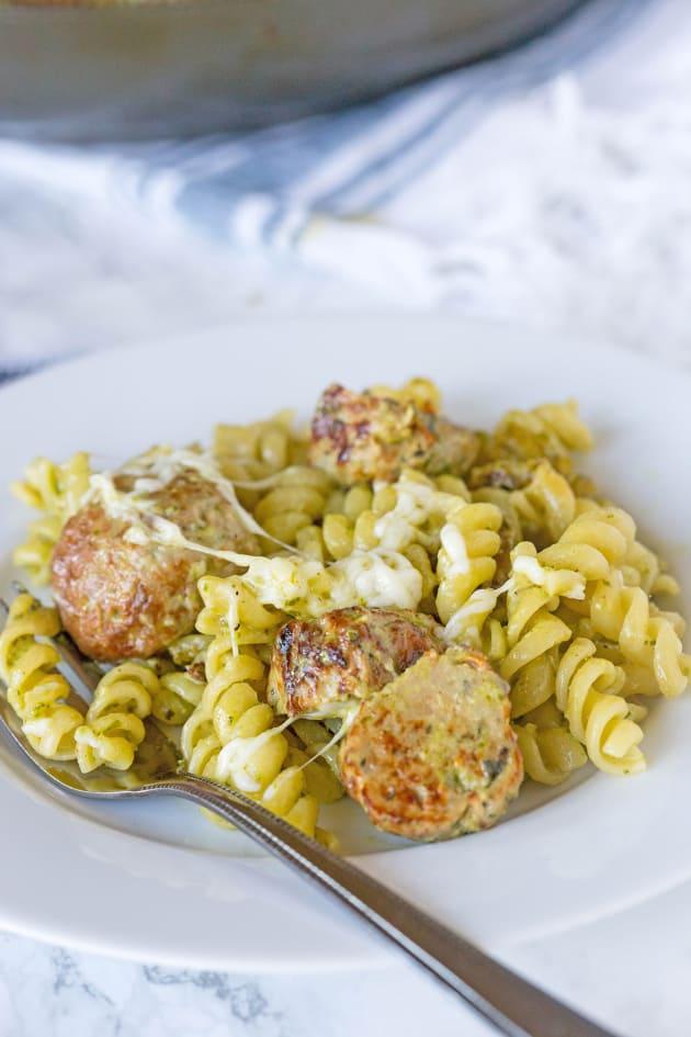 Pesto Pasta with Meatballs Picture
