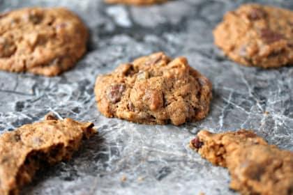 Pistachio Chocolate Chip Cookies