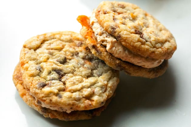 Butterfinger Cookie Sandwiches Photo