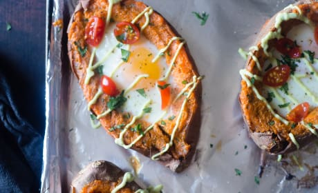 Whole 30 Mexican Egg Baked Sweet Potatoes Pic