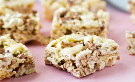 Junk Food Marshmallow Squares Recipe
