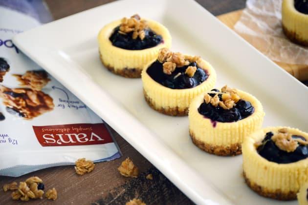 Gluten Free Granola Mini Cheesecakes Pic