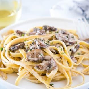 Creamy mushroom pasta photo