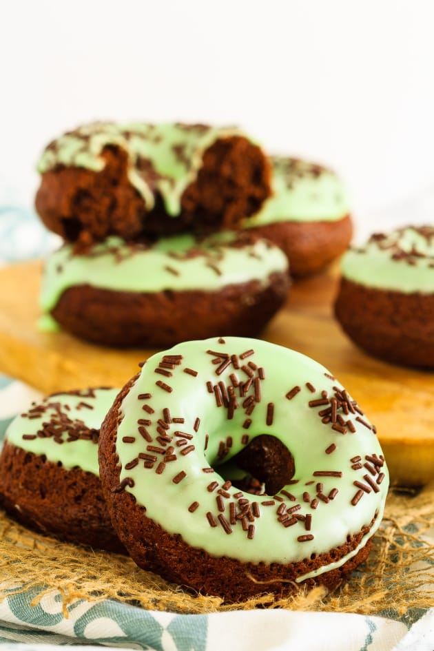 Baked Chocolate Mint Doughnuts Pic