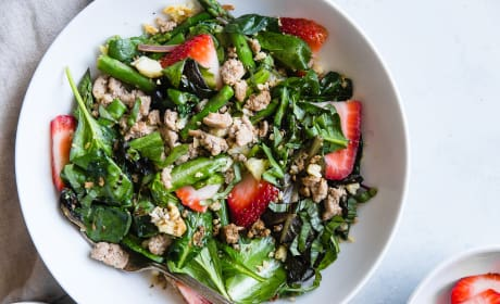 Strawberry Balsamic Paleo Cauliflower Rice Ground Turkey Skillet Recipe