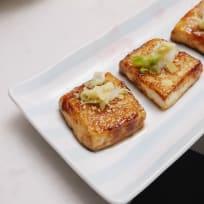 Japanese tofu recipe | Tofu steaks with kabayaki sauce (EASY!)