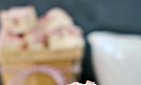 White Chocolate Raspberry Swirl Fudge Picture