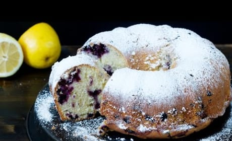How to Bake Blueberry Lemon Bundt Cake