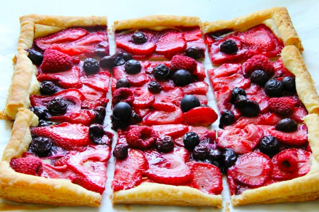 Mixed Berry Tart Photo