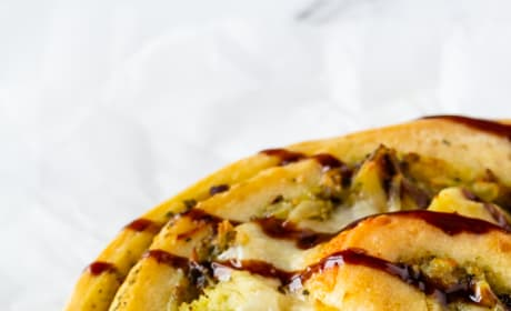 Pesto Chicken Pizza Rolls Pic