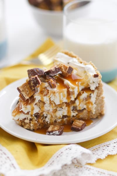 No Bake Peanut Butter Snickers Cheesecake Picture