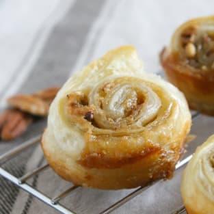 Pecan pie cinnamon rolls photo
