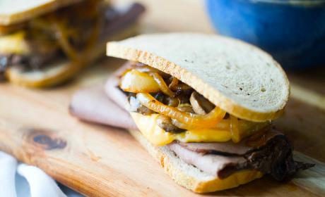 Roast Beef and Cheddar Sandwiches