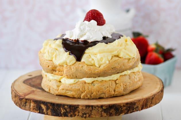 Cream Puff Cake Photo