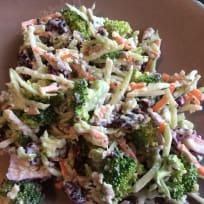 BroccolE Salad