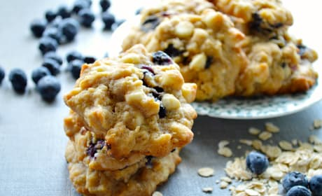 White Chocolate Blueberry Oat Cookies Recipe