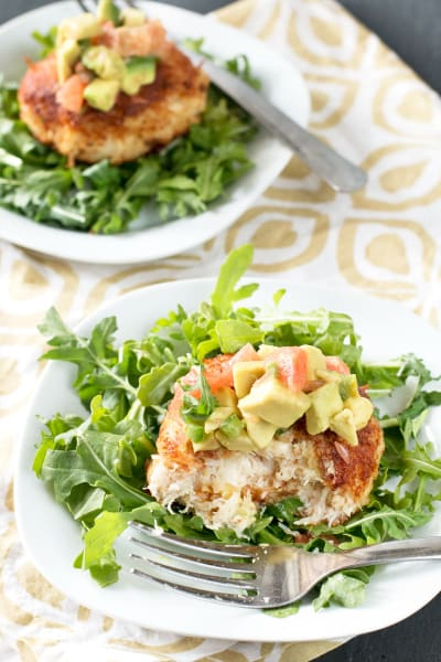 Crispy Crab Cakes with Avocado Grapefruit Salsa Picture