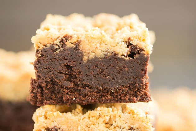 Peanut Butter Streusel Brownies Photo