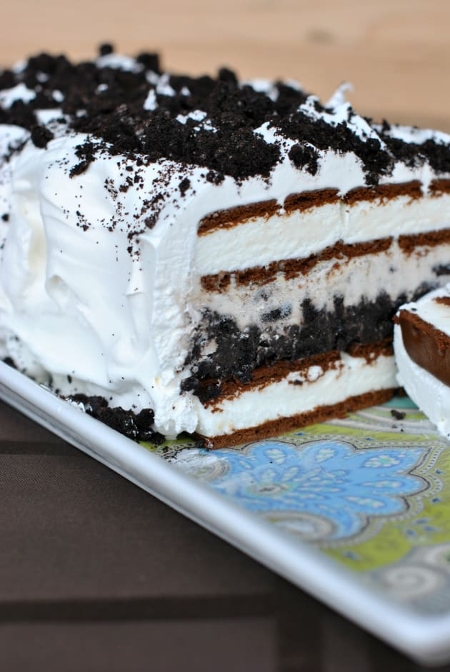 oreo ice cream cake recipe oreo cake easy frozen food fanatic 6305
