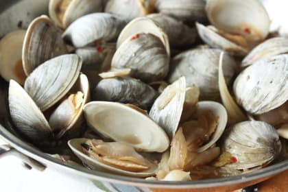 Spicy Clams and Fennel