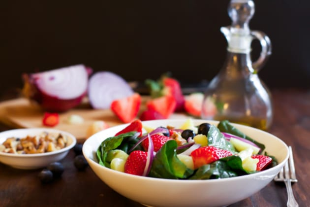 Spinach Fruit Salad Image