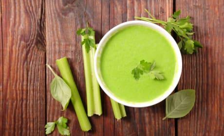 Green detox soup photo