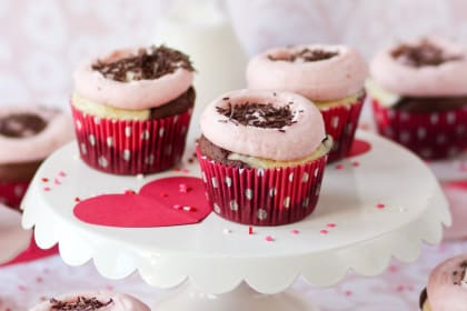 Chocolate Strawberry Cheesecake Cupcakes