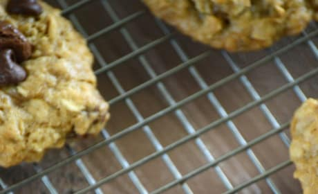 Gluten Free Oatmeal Raisinet Cookies Picture