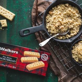 Walkers shortbread mini apple pear crisps photo