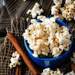 Cinnamon roll popcorn photo