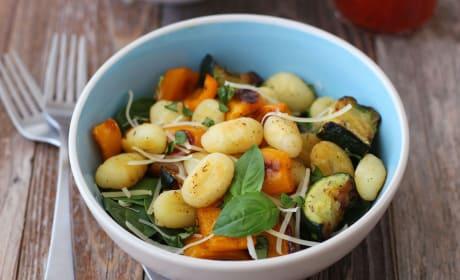 一锅炒汤圆和蔬菜的食谱