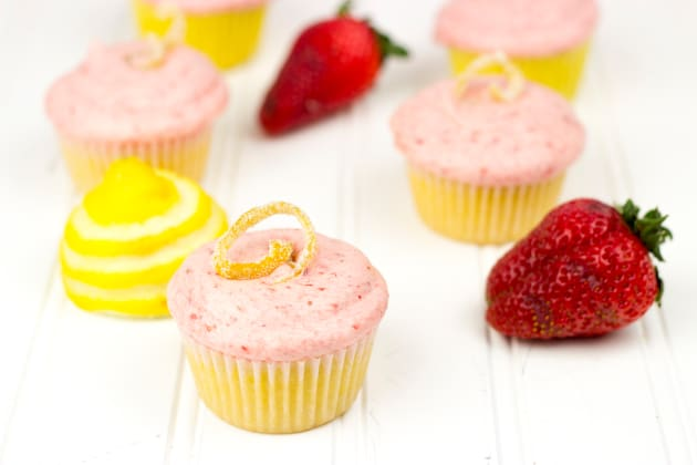Strawberry Lemonade Cupcakes Photo