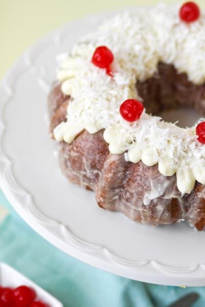 Piña Colada Bundt Cake Pic