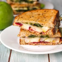 Grilled Cheese with Apple and Havarti Recipe