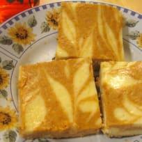 How to Make Pumpkin-Swirl Cheesecake