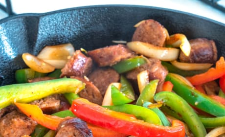 Easy Sausage and Peppers Pasta Recipe