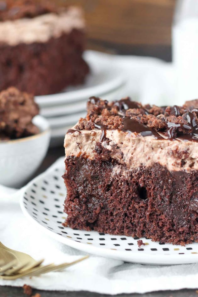 Brownie Batter Poke Cake Picture